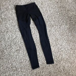 Lululemon leggings. Size 4 full length